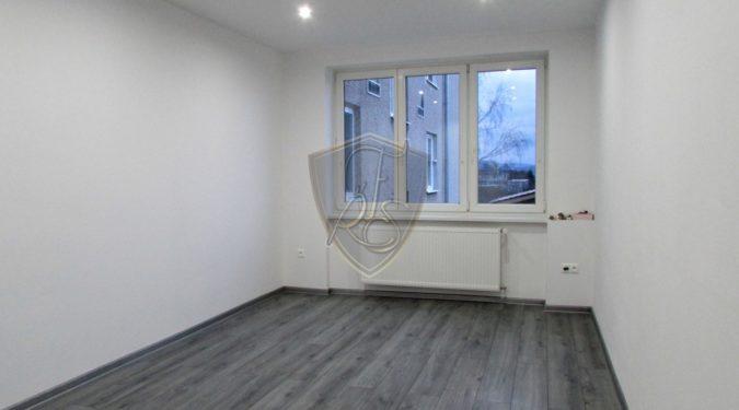 predaj, reality, nehnuteľnosti, dvojizbový byt, Prievidza, kompletná rekonštrukcia, Freimann