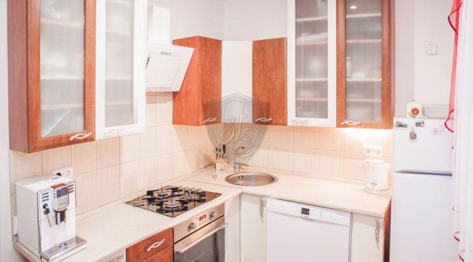 predaj, dvojizbový, byt, kompletná, rekonštrukcia, handlová, sever
