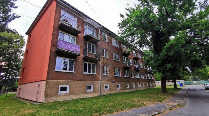 tehlový, dvojizbový, byt, balkón, lokalita, prievidza