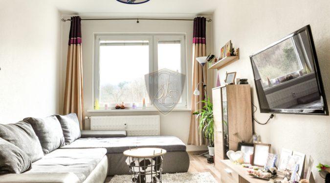 trojizbový byt na predaj, handlová, prievidza, reality, realitka, freimann, sluzby